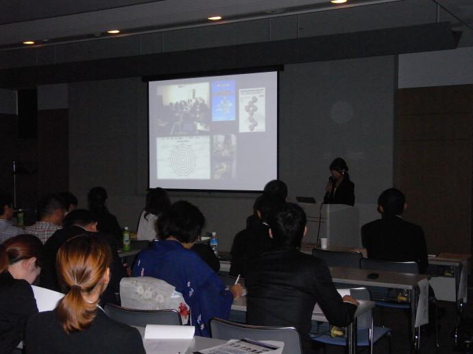 歯科衛生士 小川恵さん 講演風景 衛生士のみなさんは興味津々でした